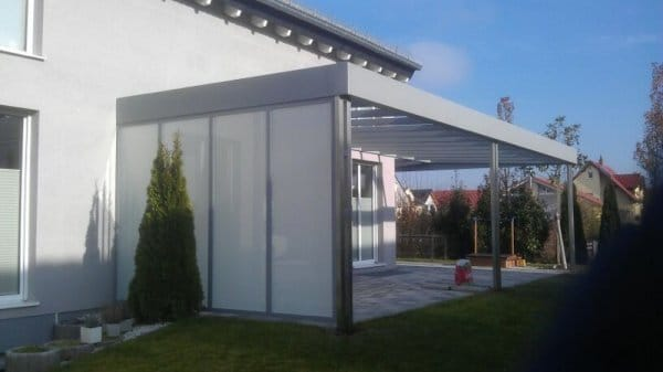 Terrassendach mit Windschutz / Sichtschutz