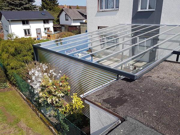 Überdachung Edelstahl und Glas