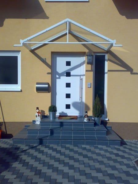 Vordach Eingangstür